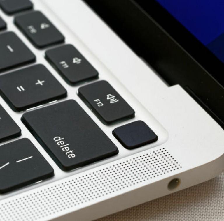 macbook_50